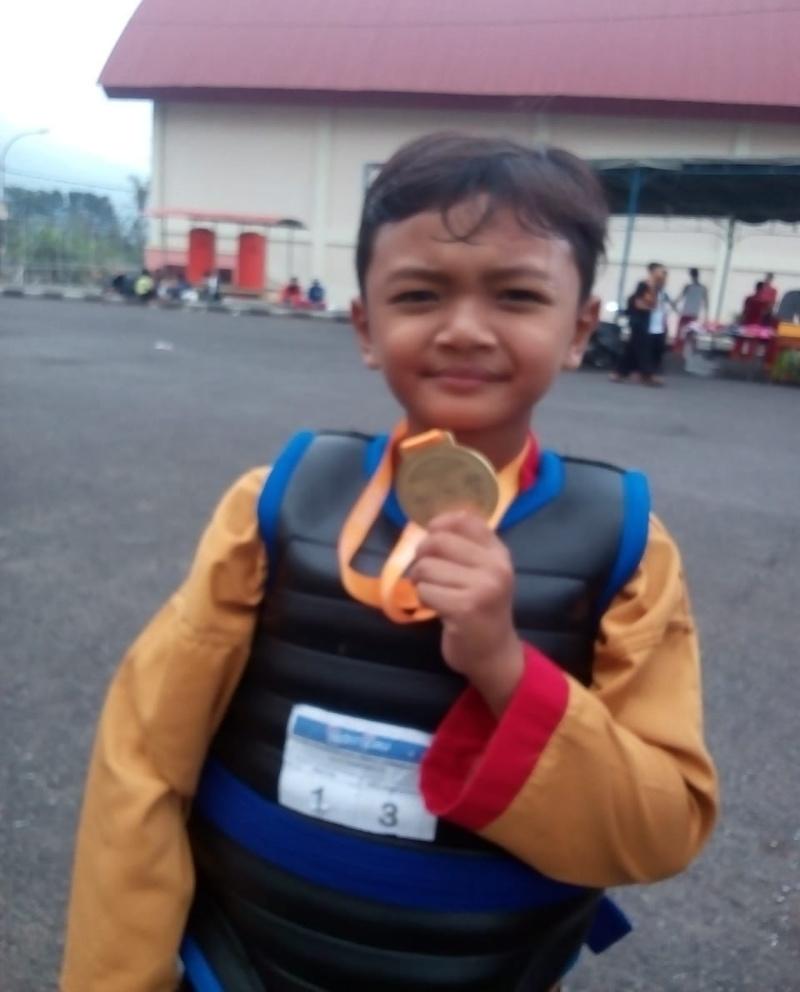 Hari Pertama Cakrakembang Sabet 10 Medali Pada Turnamen